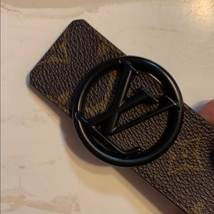 Louis Vuitton belt size 90/36